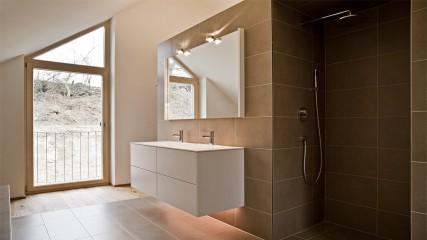 Held Schreinerei | Interior Design_ Badmöbel Weißlack Tip-On